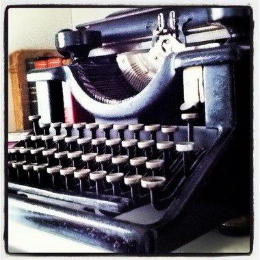 machine-a-ecrire-yes-we-blog