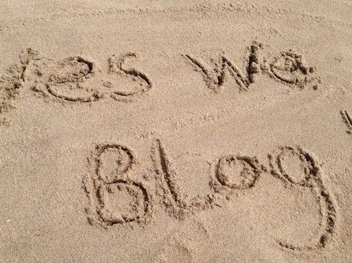 yes-we-blog-on-the-beach