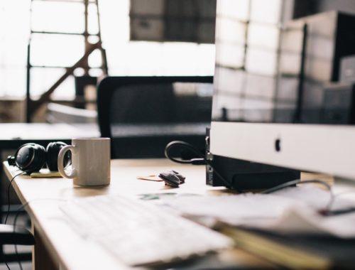 desk-yesweblog
