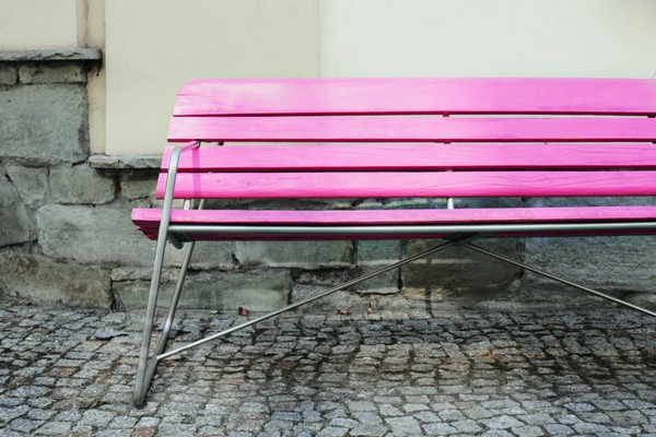 pink-bench-bara free stock photo