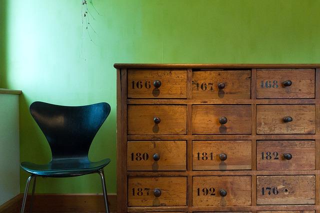 chair-drawers.jpg