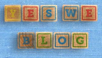 Yes We Blog cubes couleur sur moquette bleue